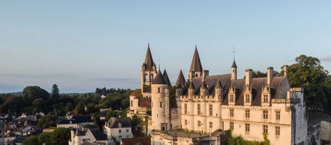 Cite_Royale_de_Loches_Credit_ADT_Touraine_Gillard_et_Vincent